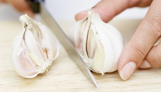 cuisinez-avec-de-l-ail-1 (1)